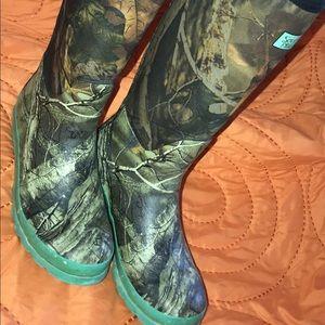 Pretty in Camo Rain Boots